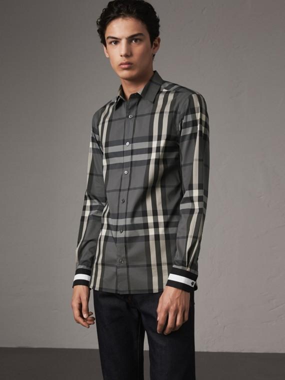 條紋袖口格紋棉質混紡襯衫 (炭灰色)