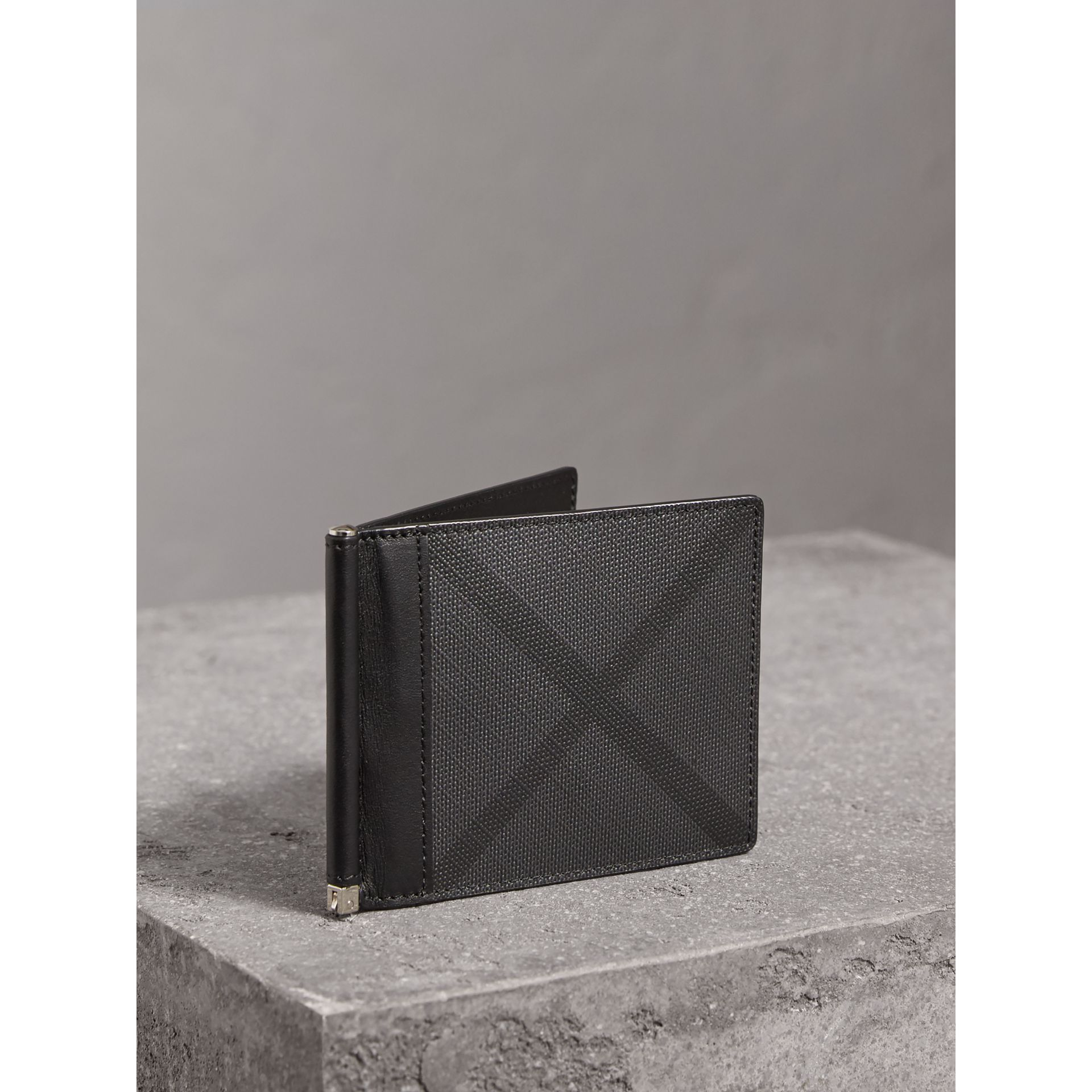 London Check Money Clip Wallet in Charcoal/black - Men | Burberry Canada - gallery image 0