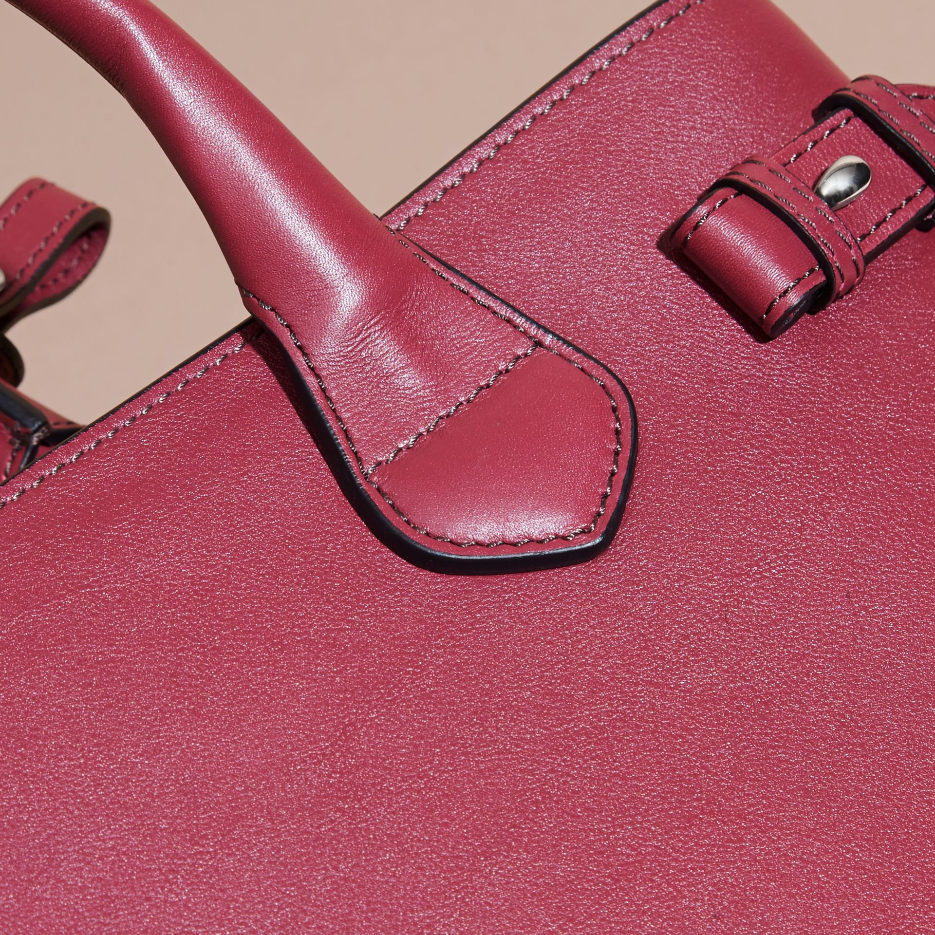 The Medium Banner in Leather with Chain Detail in Garnet Pink - gallery image 6