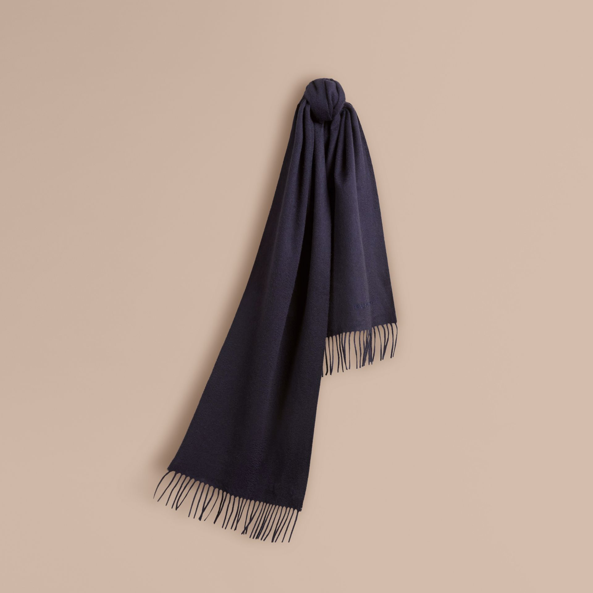 The Classic Cashmere Scarf in Navy - gallery image 6