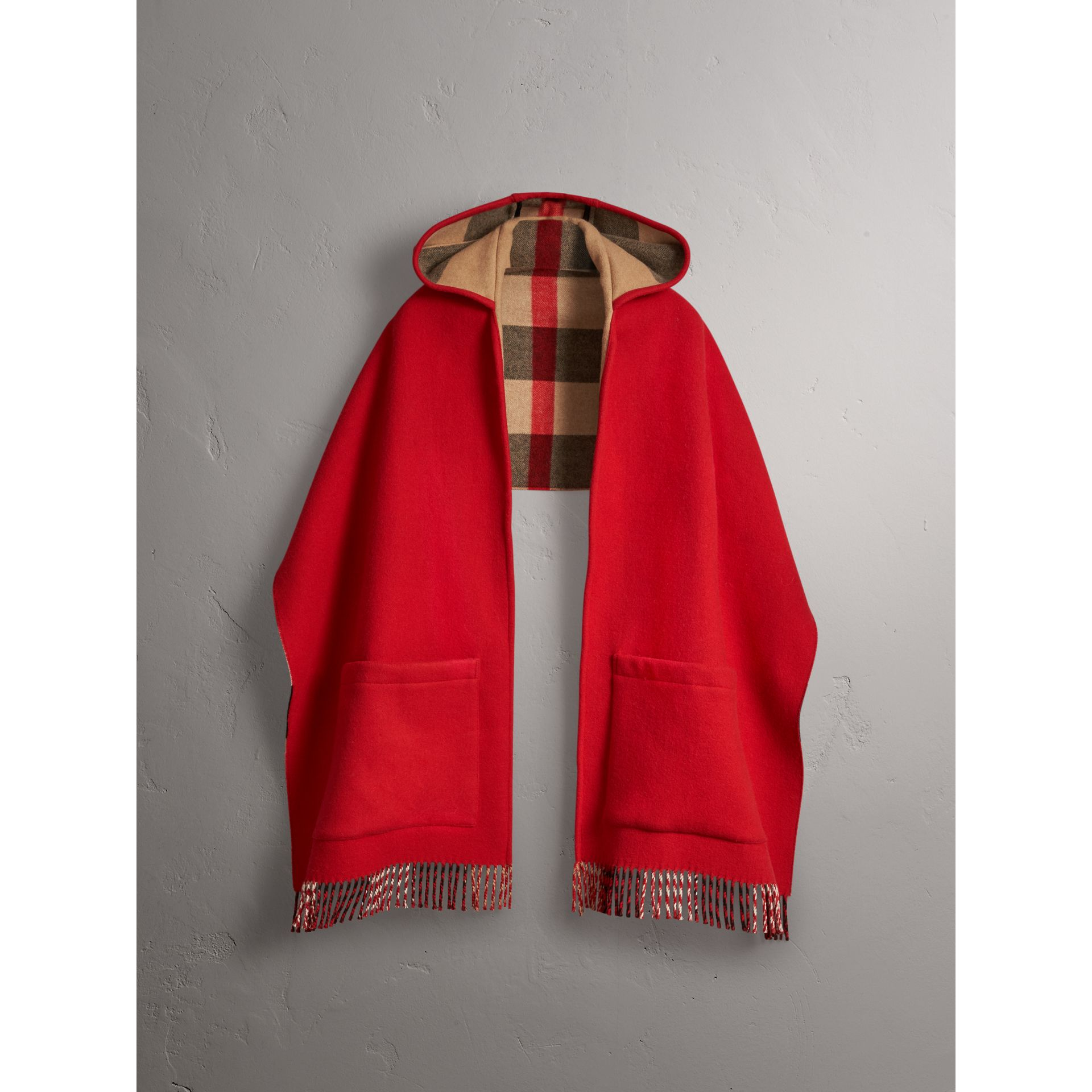 Check-lined Wool Cashmere Hooded Stole in Military Red/camel - Women | Burberry Hong Kong - gallery image 4
