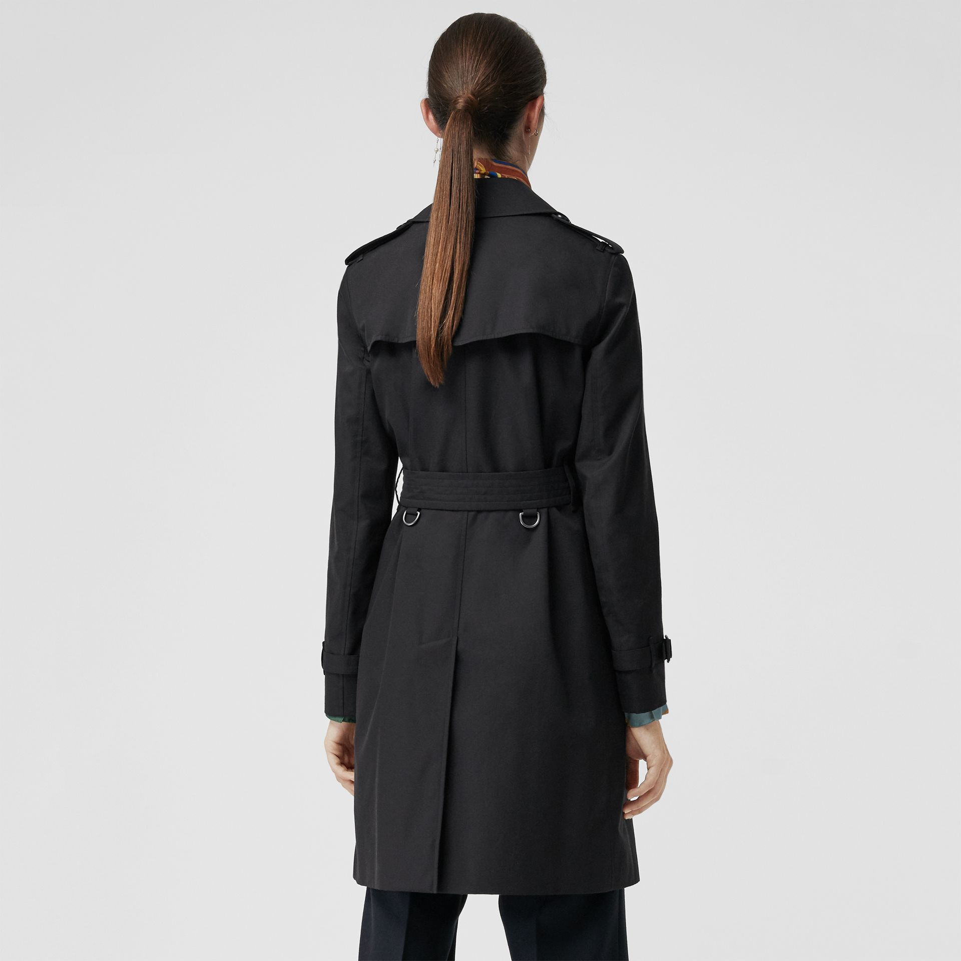 Trench coat Heritage The Kensington (Blu Notte) - Donna | Burberry - immagine della galleria 2