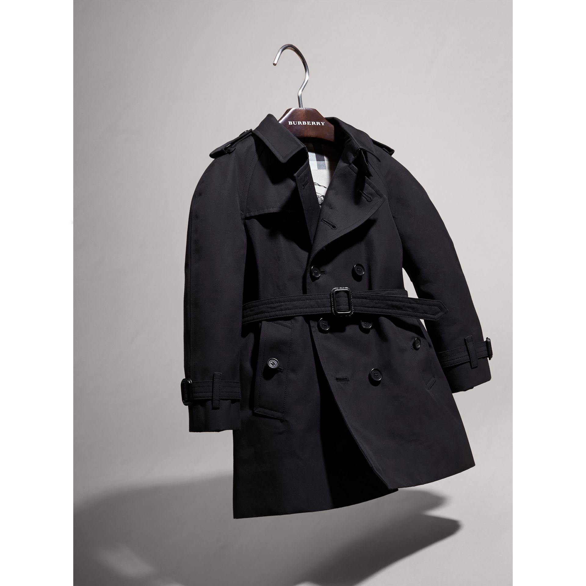 The Wiltshire – Heritage Trench Coat in Navy | Burberry Australia - gallery image 3