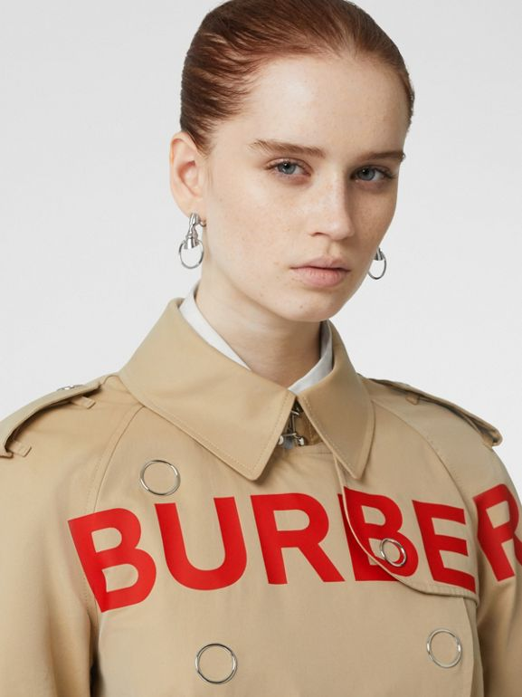 Trench coat in gabardine di cotone con stampa Horseferry (Miele) - Donna | Burberry - cell image 1
