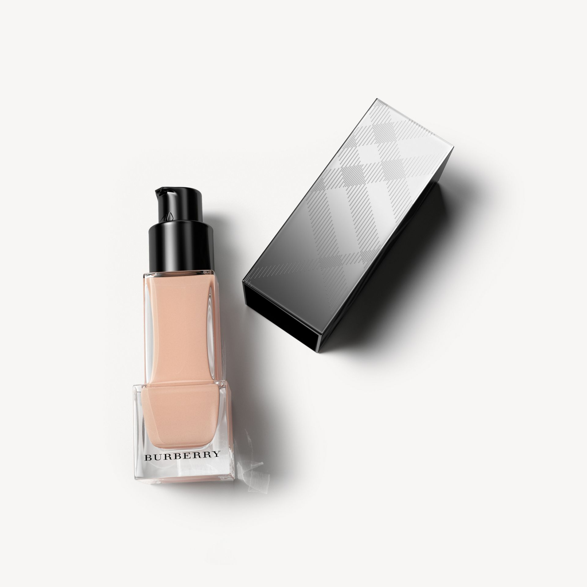 Fresh Glow Foundation SPF 15 PA+++ - Ochre Nude No.12 - Donna | Burberry - immagine della galleria 0