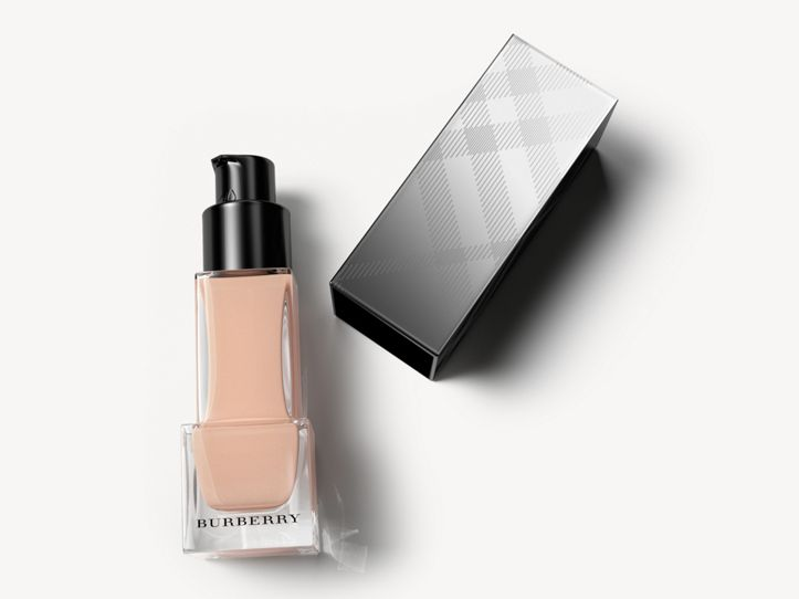 Fresh Glow Foundation mit LSF 15 PA+++ – Ochre Nude No.12