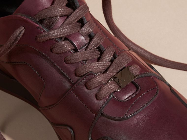 Elderberry The Field Sneaker in Leather Elderberry - cell image 1