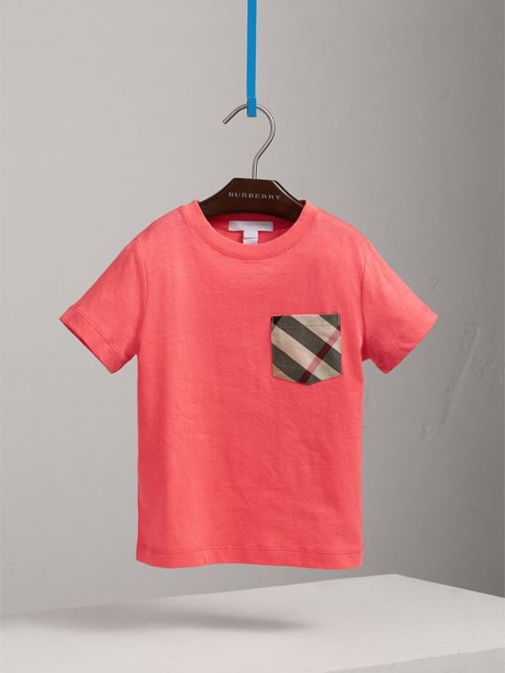 Baumwoll-T-Shirt mit Karotasche (Helles Korallenrosa)