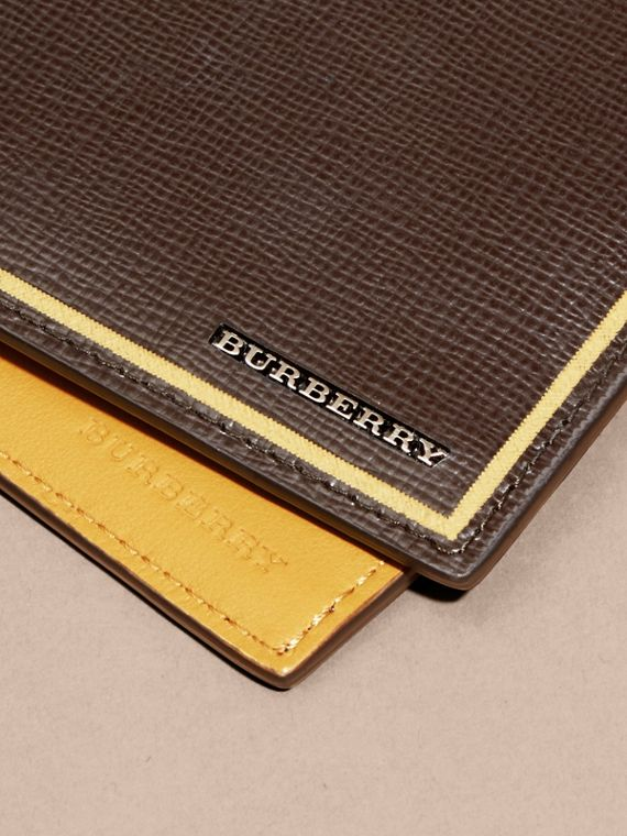Peppercorn Border Detail London Leather Folding Wallet Peppercorn - cell image 2