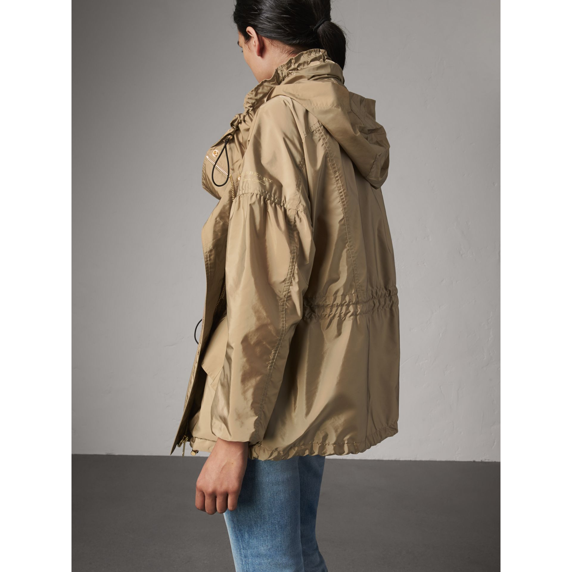Packaway Hood Lightweight Rain Jacket in Sisal - Women | Burberry - gallery image 3
