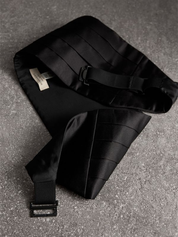 Pleated Silk Cummerbund in Black - Men | Burberry Singapore - cell image 3