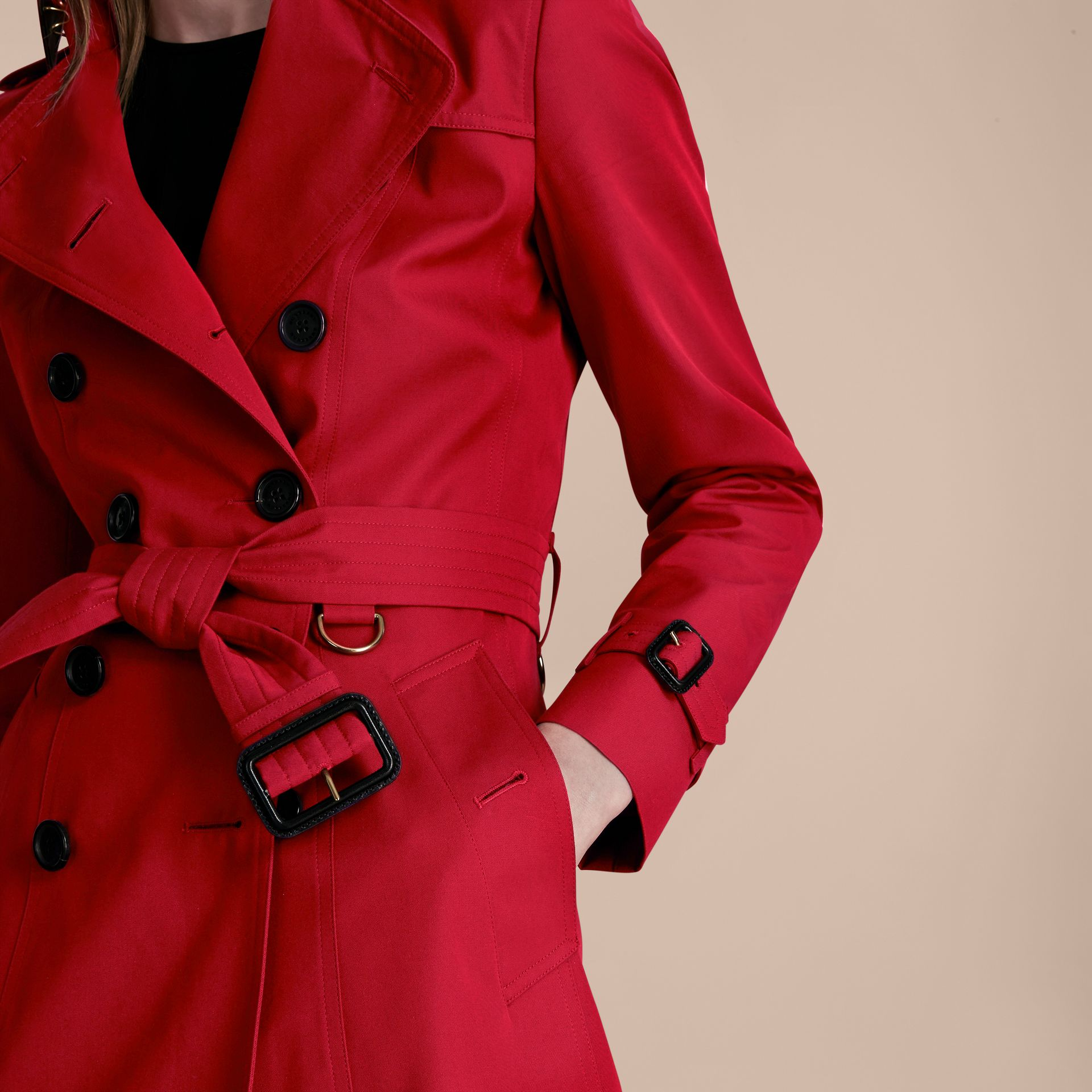 Parade red The Chelsea – Extra-long Heritage Trench Coat Parade Red - gallery image 7