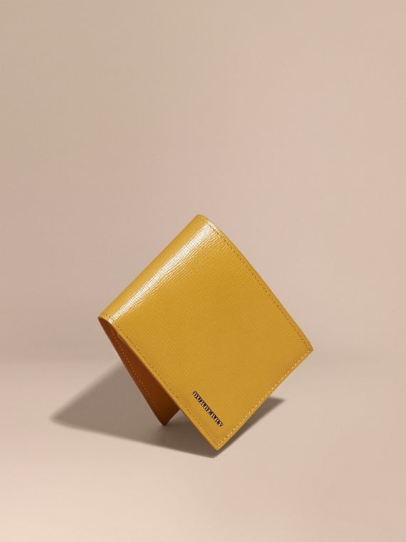 London Leather Bifold Wallet in Larch Yellow