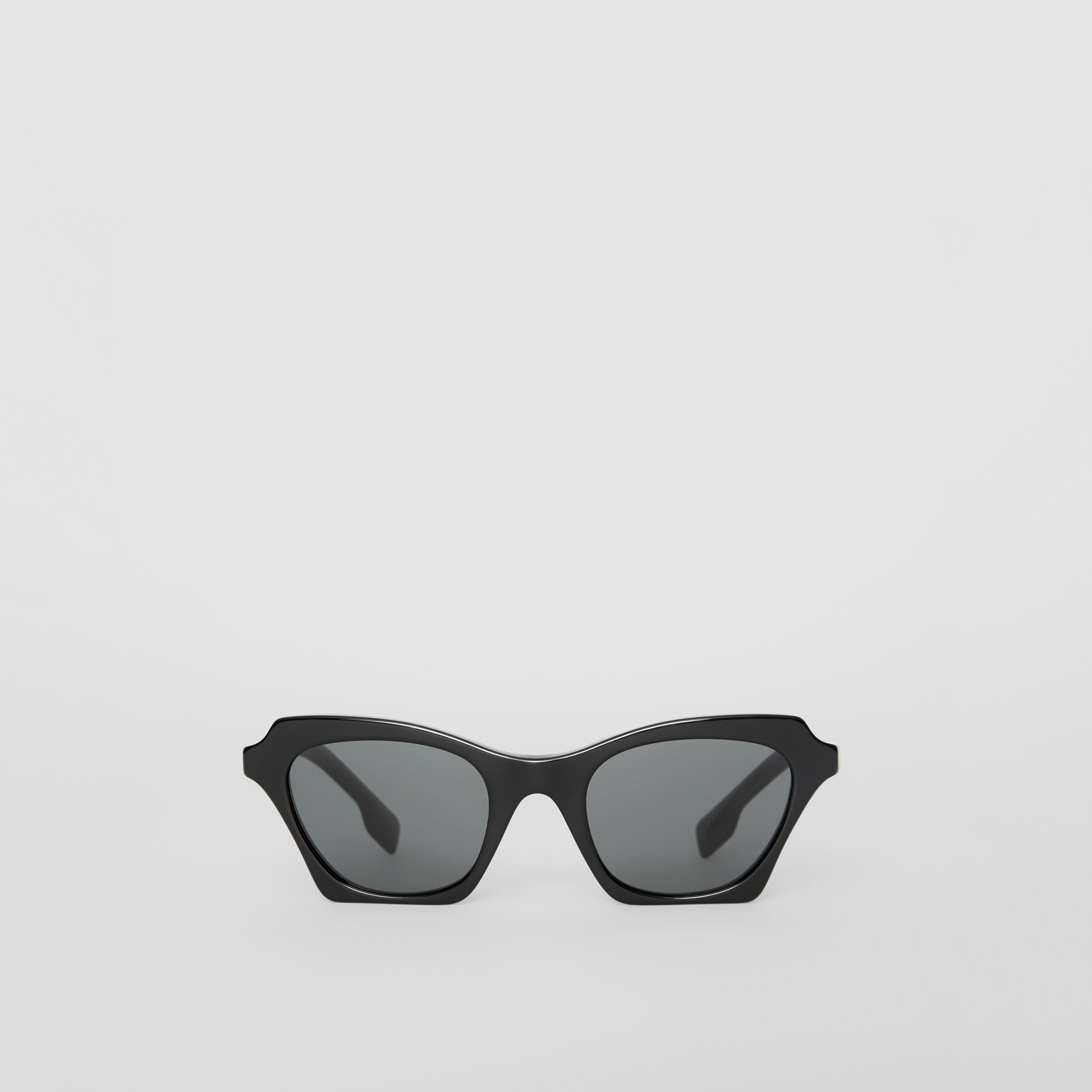 Butterfly Frame Sunglasses in Black | Burberry United Kingdom - 1