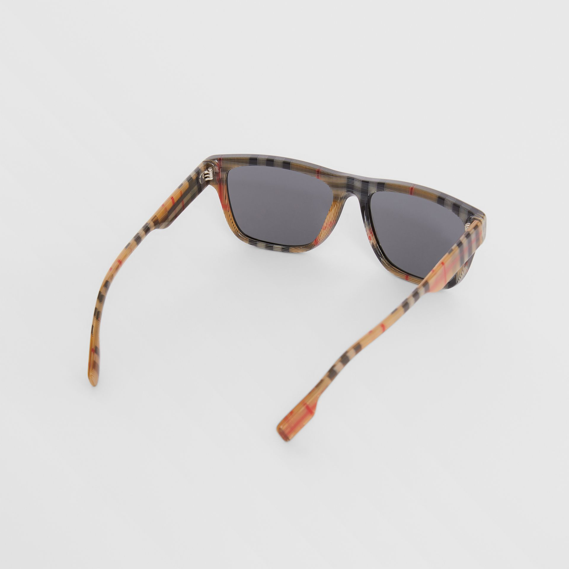 Vintage Check Detail Square Frame Sunglasses in Black/beige | Burberry - gallery image 4