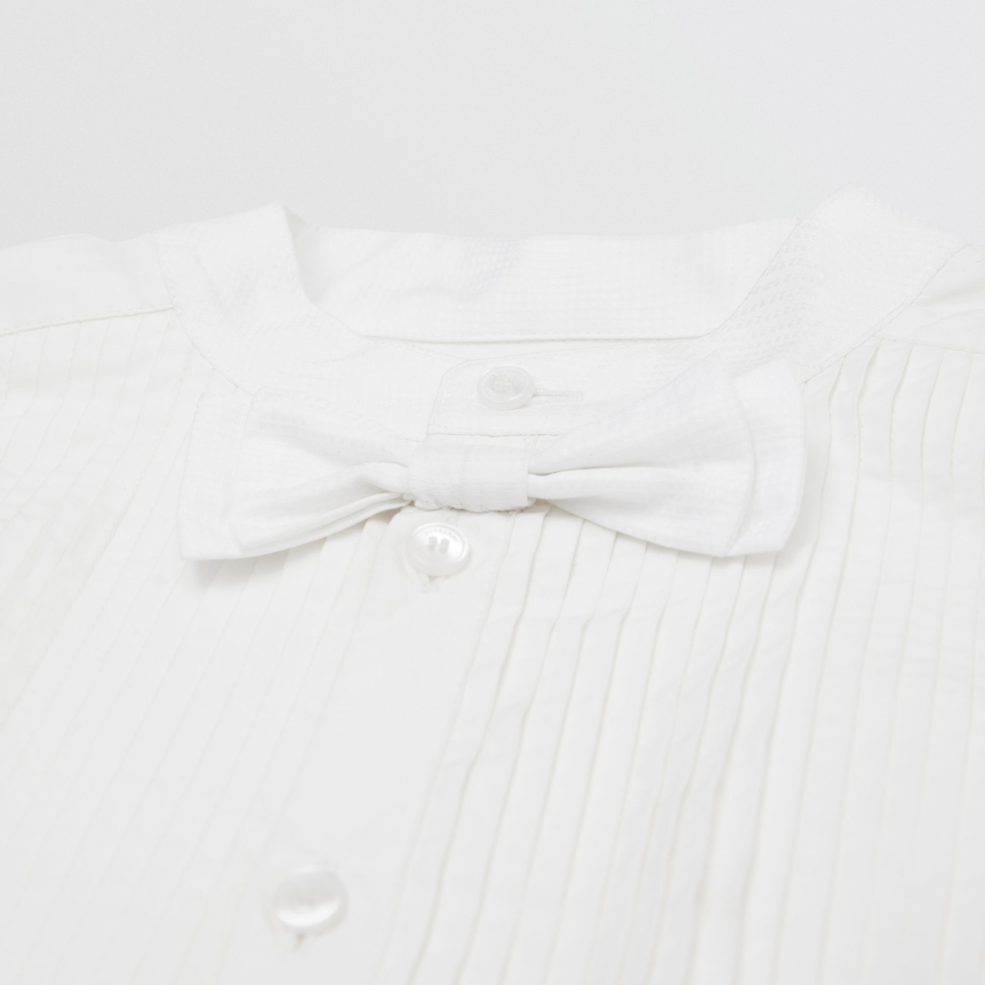 Bow Tie Detail Stretch Cotton Poplin Shirt in White | Burberry - gallery image 1