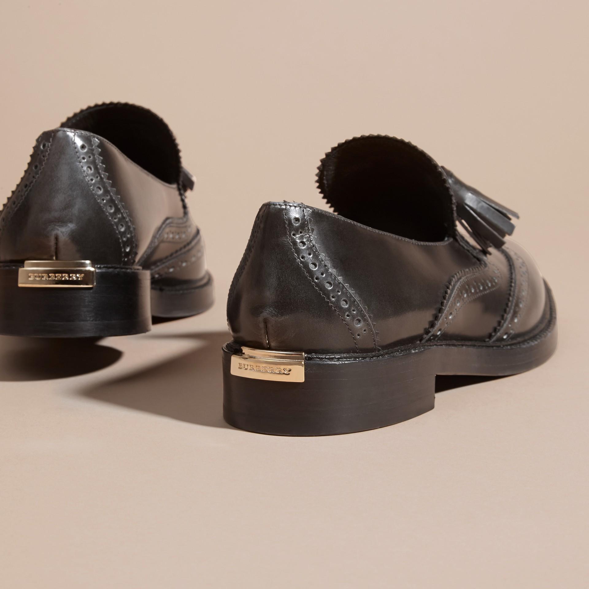 Gris encre Mocassins en cuir avec pampilles à effet dégradé Gris Encre - photo de la galerie 4