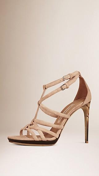 Sandales en cuir velours à brides