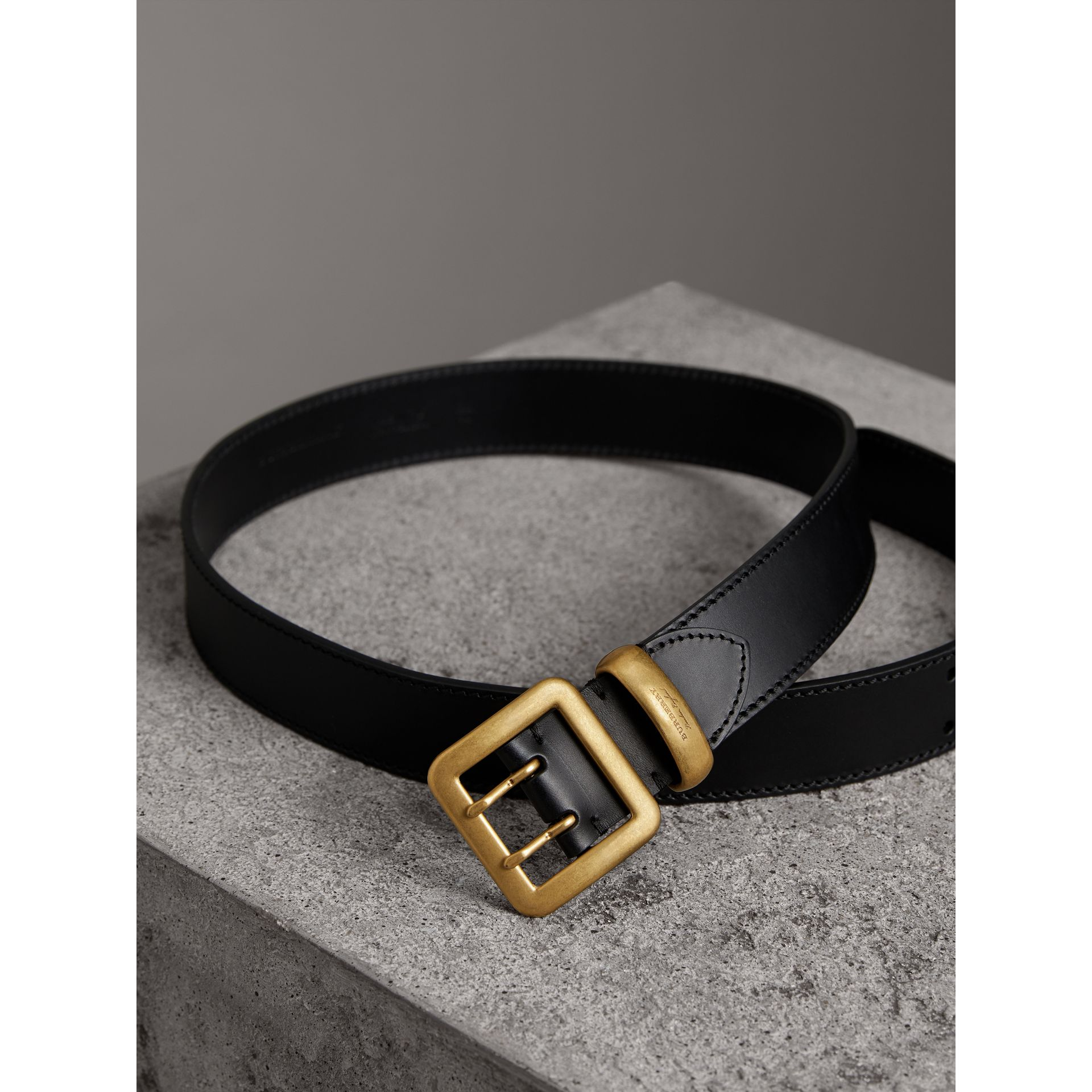 Double-pin Buckle Leather Belt in Black - Men | Burberry - gallery image 3