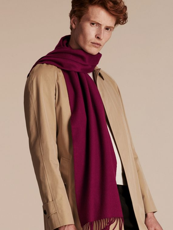 The Classic Cashmere Scarf in Plum | Burberry Hong Kong - cell image 3
