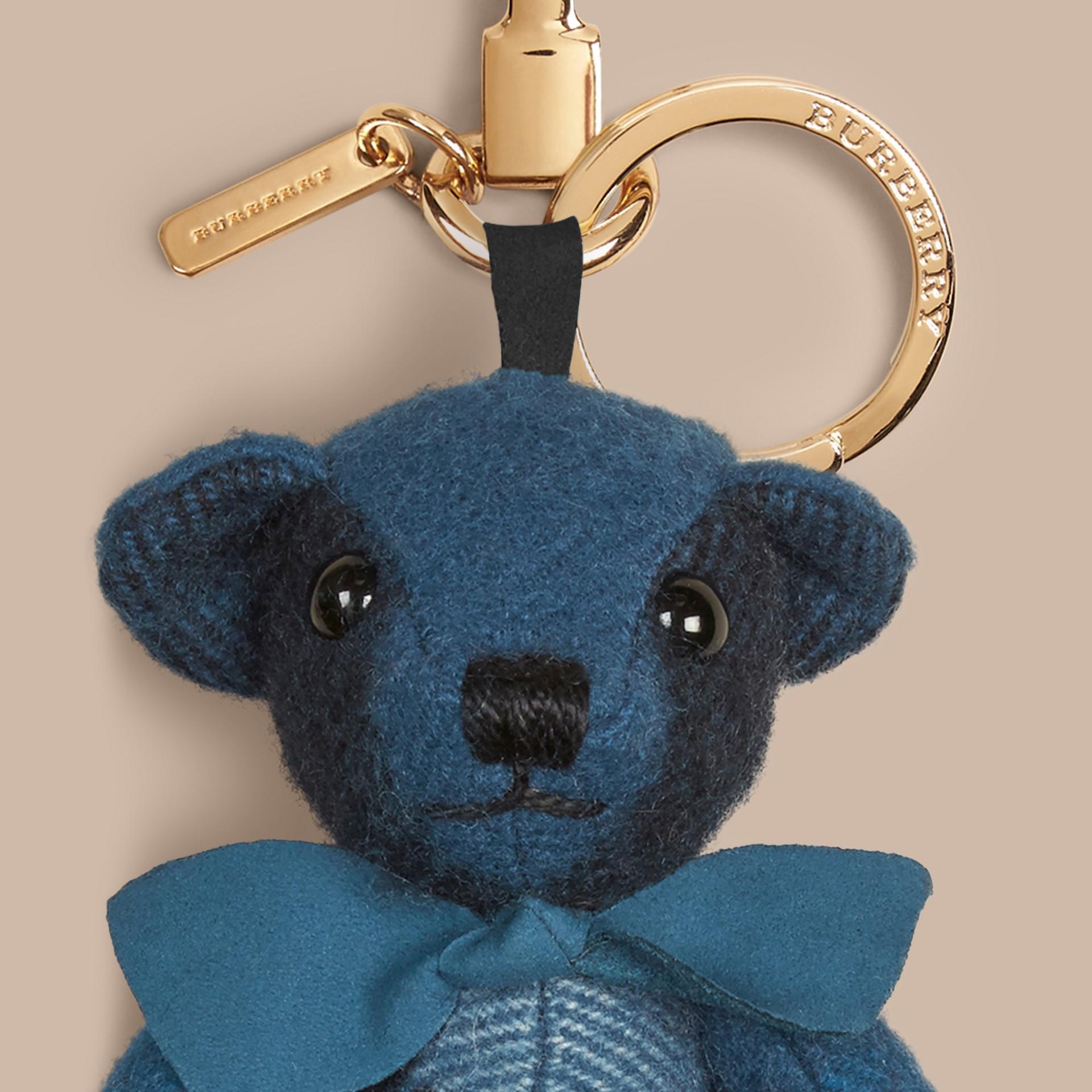 Teddybär-Anhänger aus Kaschmir mit Karomuster Dunkles Aquamarin - Galerie-Bild 2
