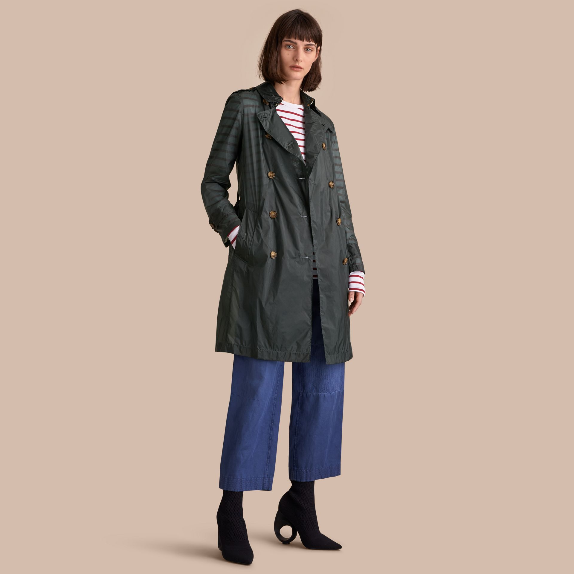Super-lightweight Trench Coat in Vintage Green - Women | Burberry - gallery image 1