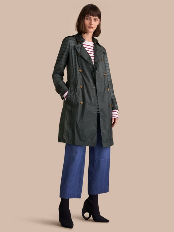Trench coat super leve (Verde Vintage)