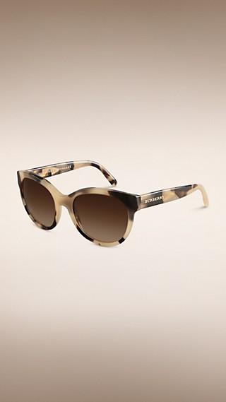 Солнцезащитные очки «кошачий глаз» из коллекции Trench