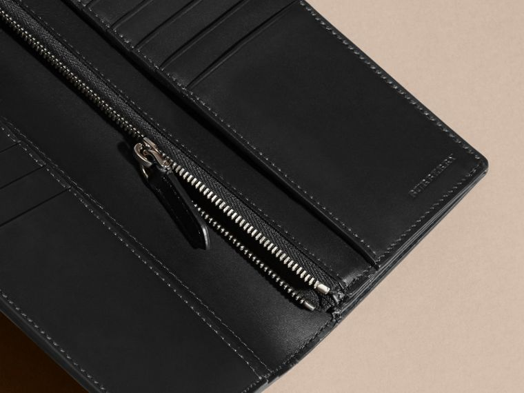 Black Patchwork London Leather Continental Wallet Black - cell image 4