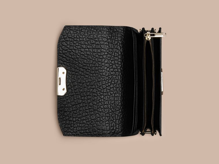 Black Small signature Grain Leather Clutch Bag with Chain Black - cell image 4
