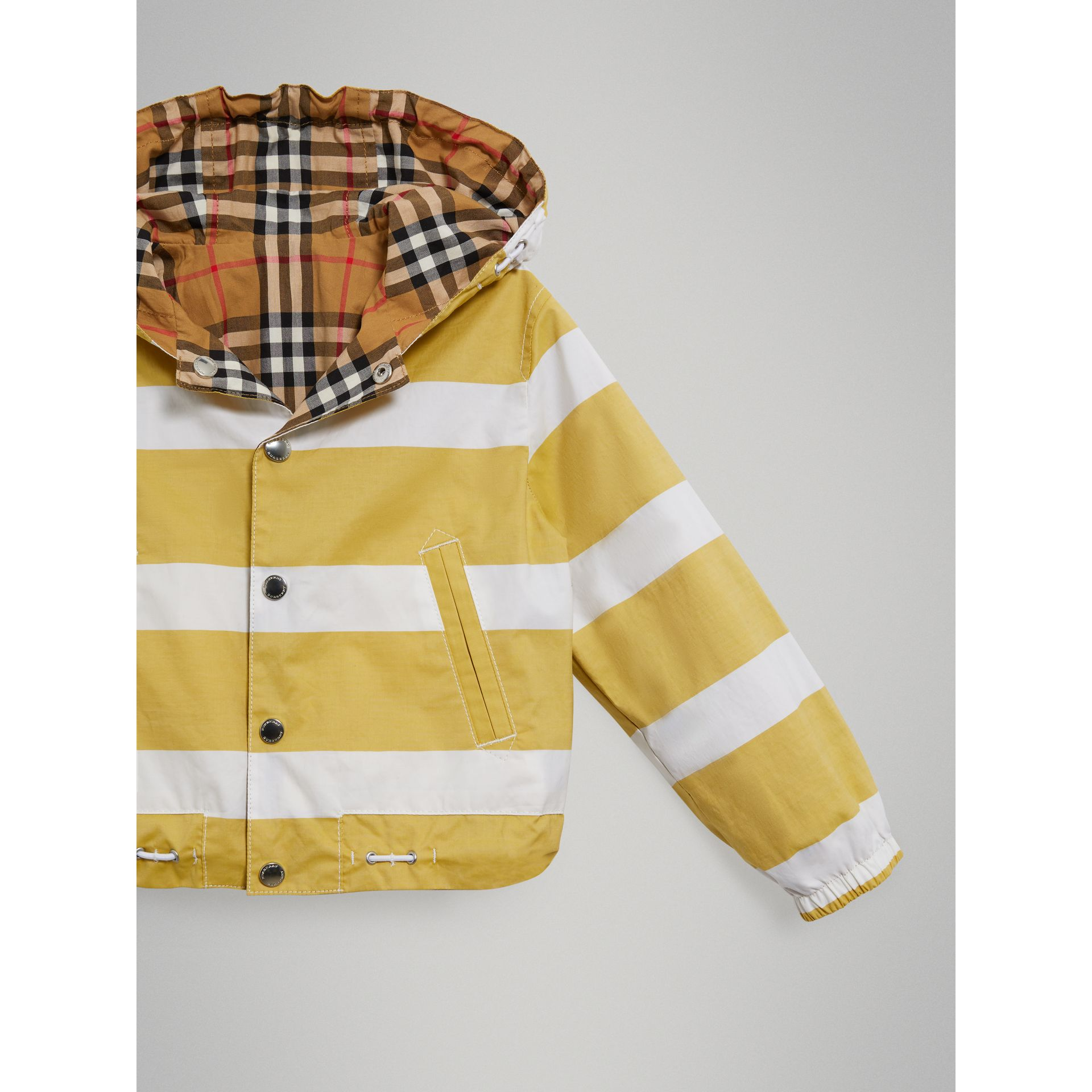 Reversible Stripe and Vintage Check Cotton Jacket in Larch Yellow/whte - Boy | Burberry - gallery image 4