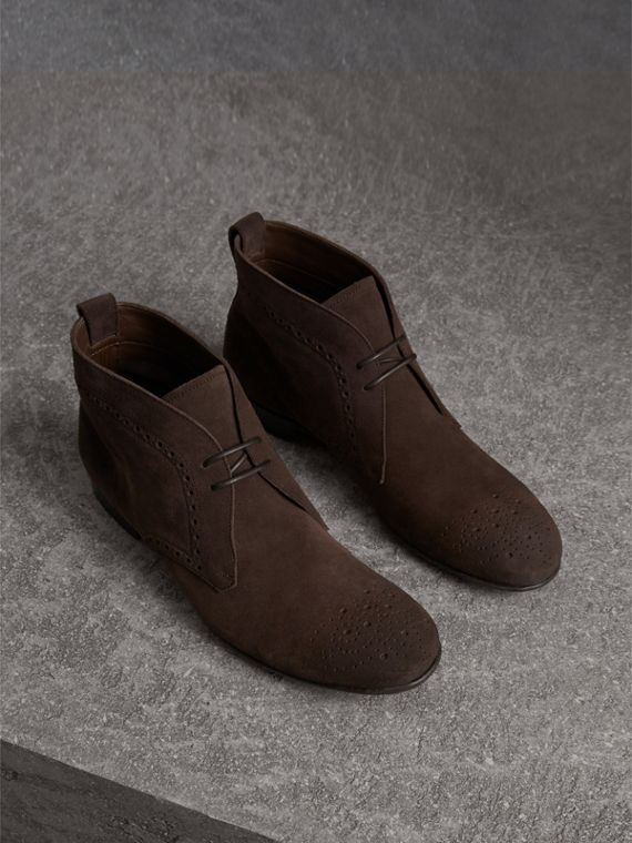 Bottines chukka en cuir velours de style Richelieu (Marron Tourbe)
