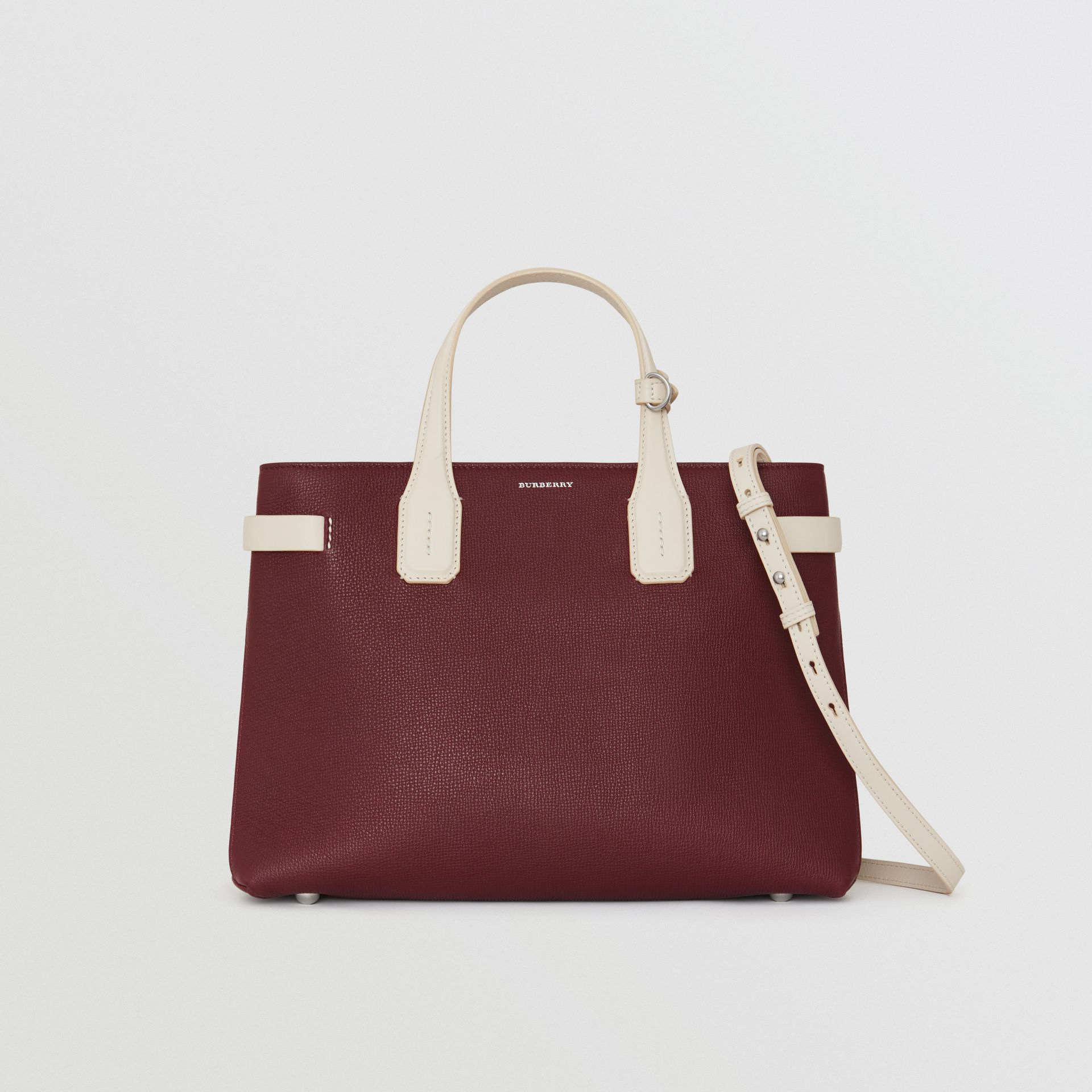 The Medium Banner in Two-tone Leather in Mahogany Red/limestone - Women | Burberry United Kingdom - gallery image 6