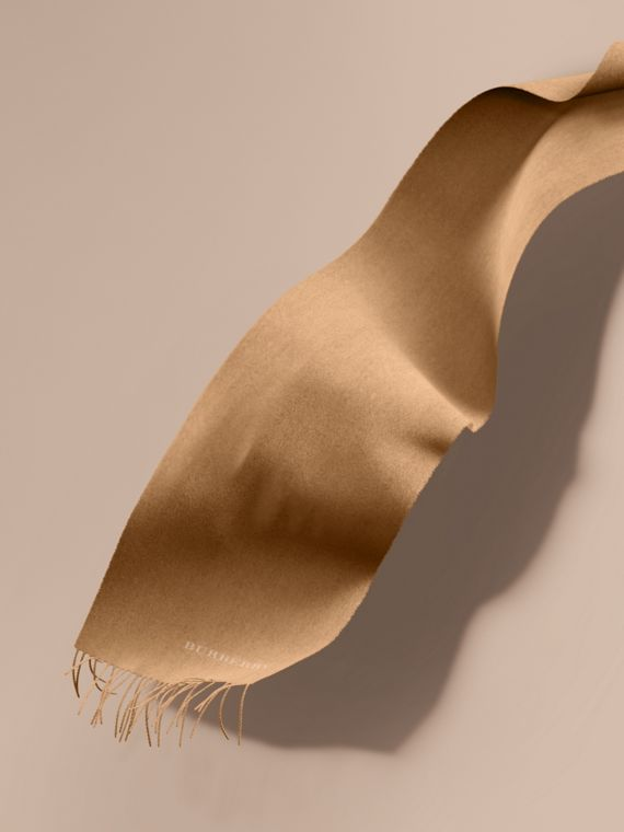 The Classic Cashmere Scarf in Camel | Burberry Canada