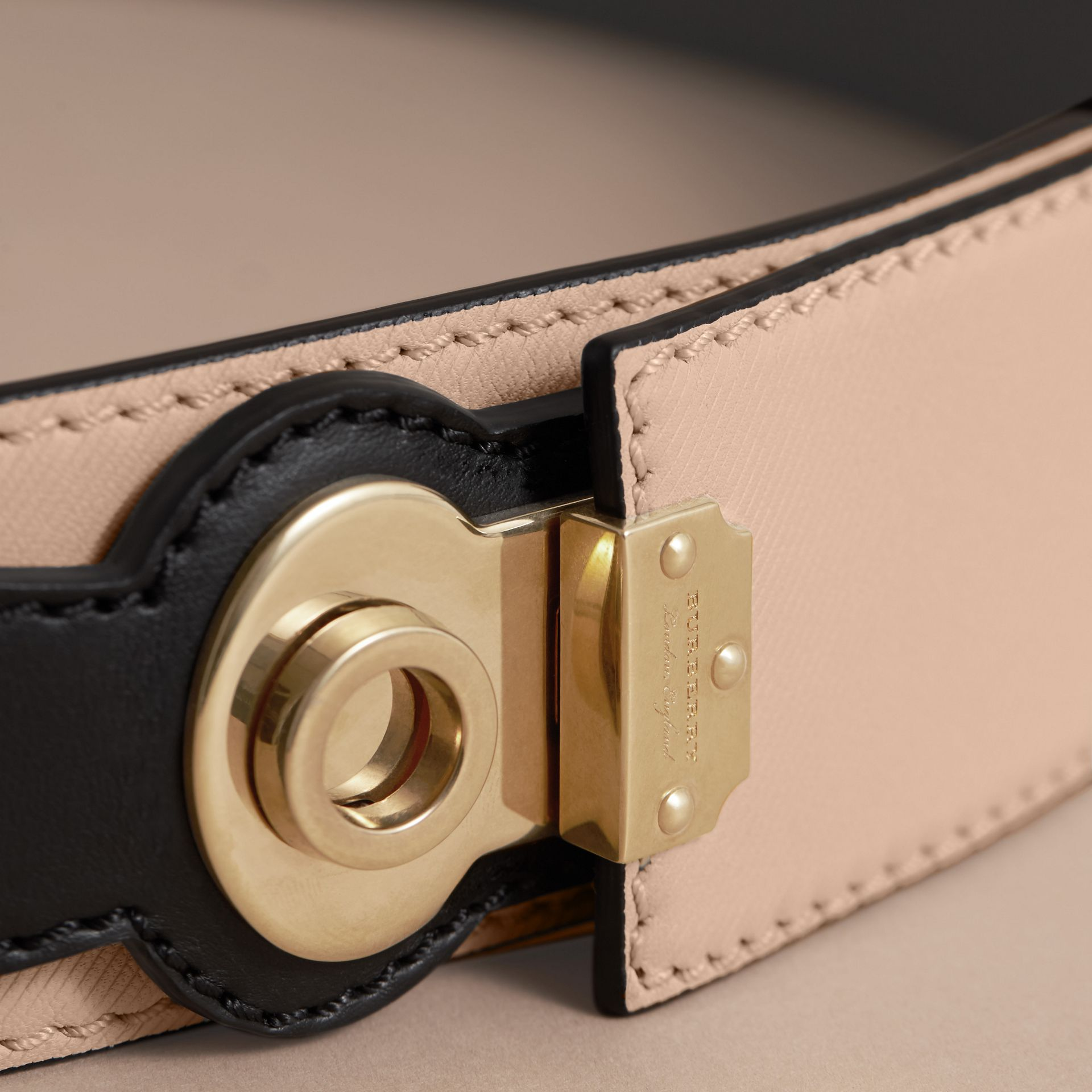 Two-tone Trench Leather Belt in Limestone/ Black - gallery image 2
