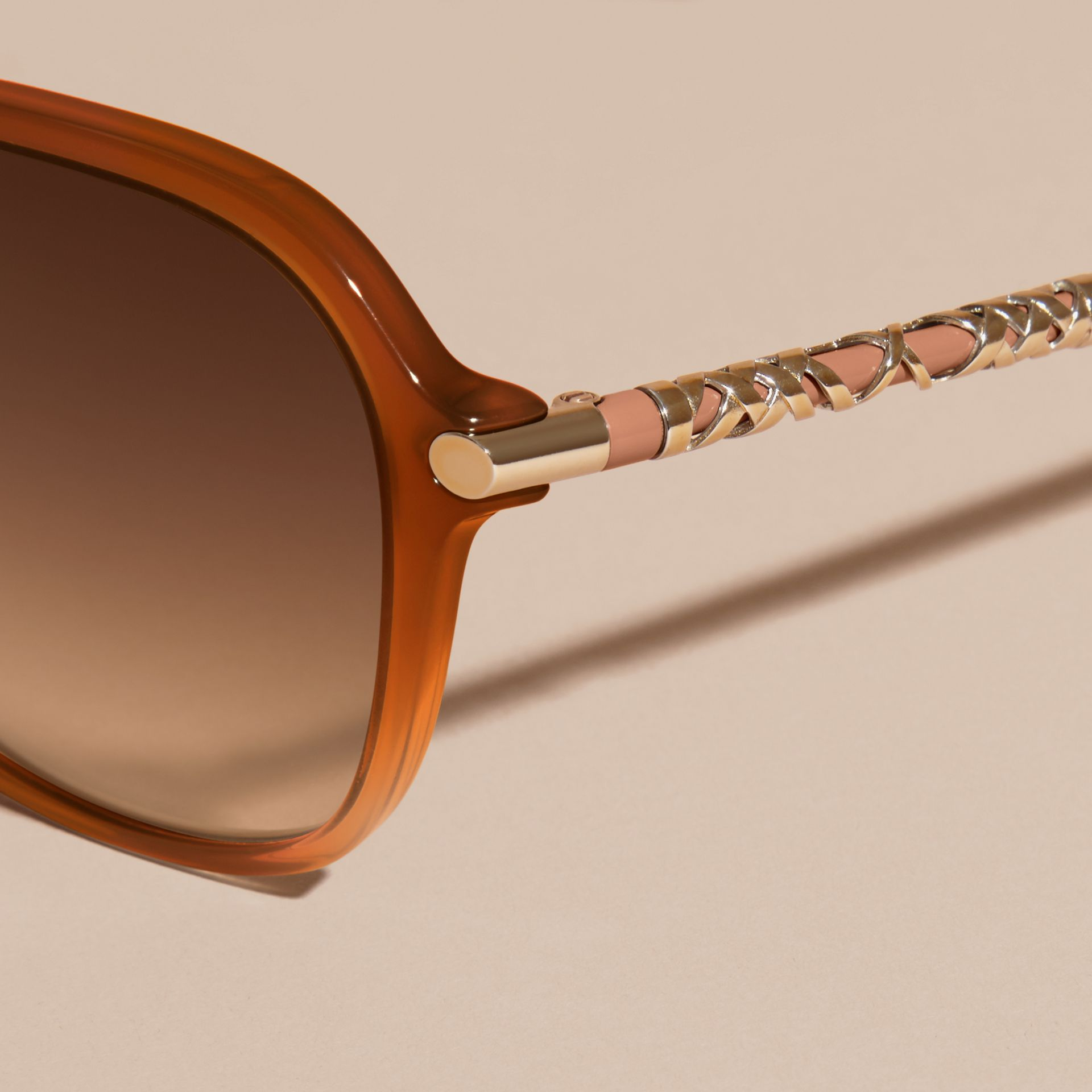 Chino grey Check Detail Round Frame Sunglasses Chino Grey - gallery image 2