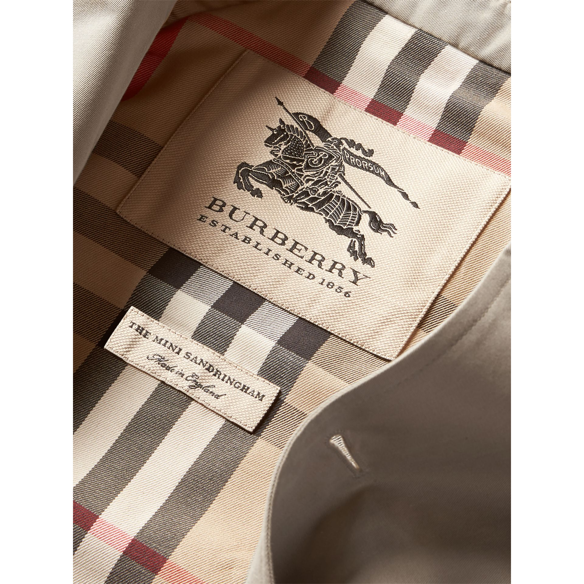 The Sandringham – Heritage Trench Coat in Stone - Girl | Burberry United States - gallery image 7