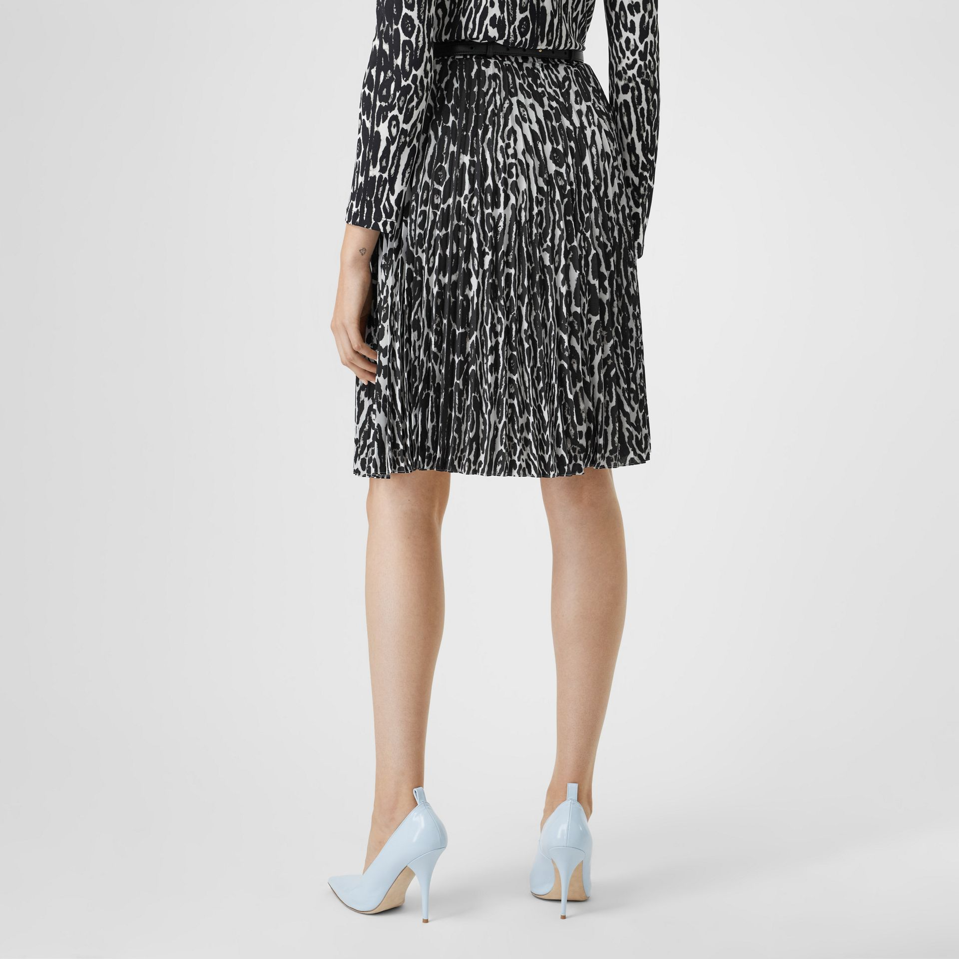 Leopard Print Pleated Skirt in Black - Women | Burberry - gallery image 2