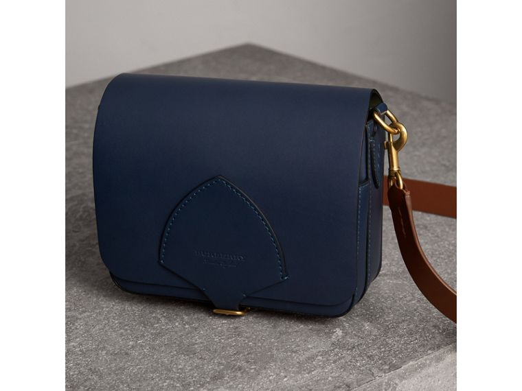 The Square Satchel in Leather in Indigo - Women | Burberry United Kingdom - cell image 4