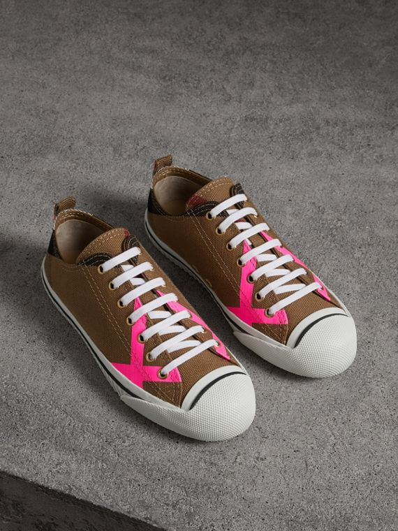 Canvas Check and Leather Sneakers in Classic/neon Pink