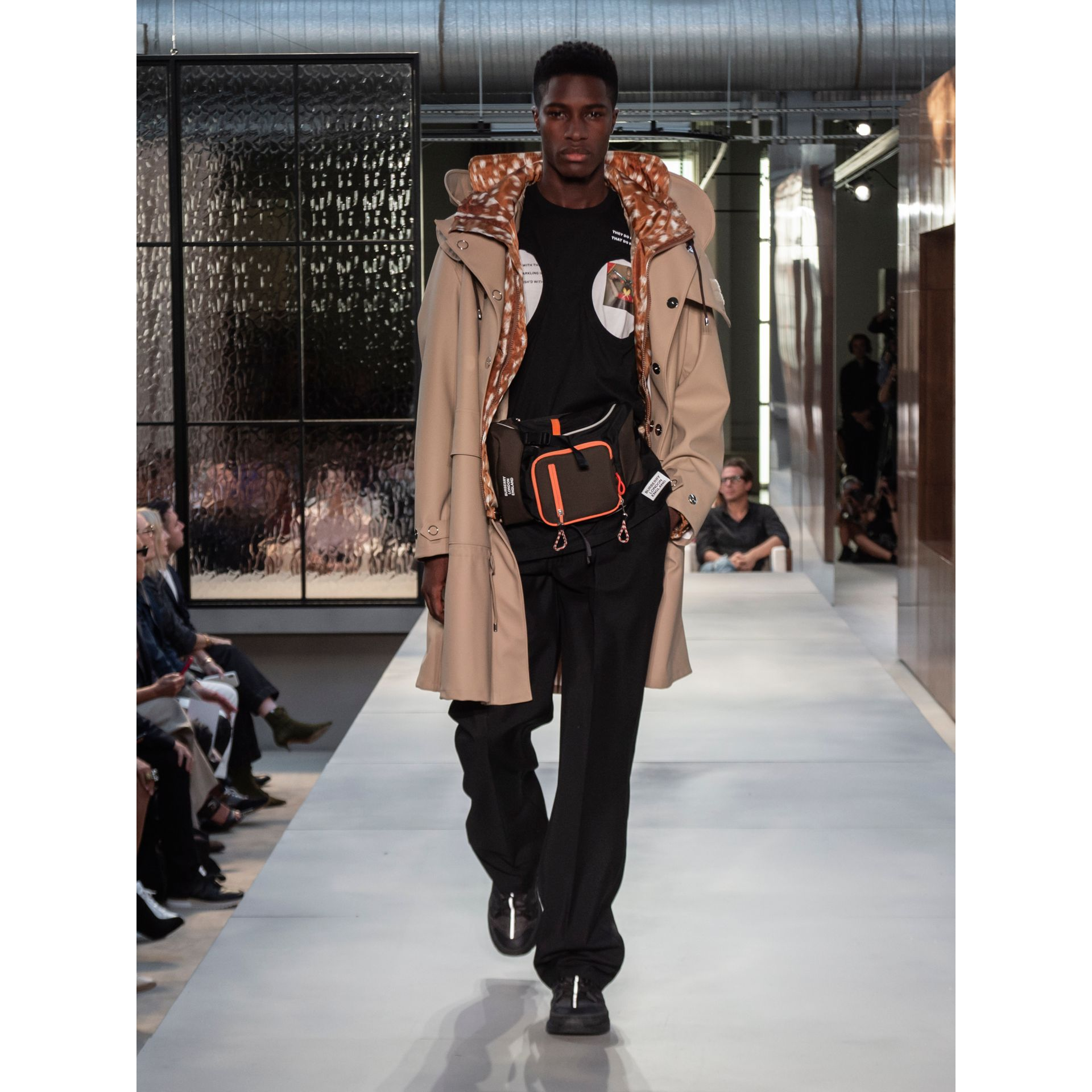 Detachable Hood Rubberised Parka in Honey | Burberry Hong Kong - gallery image 7