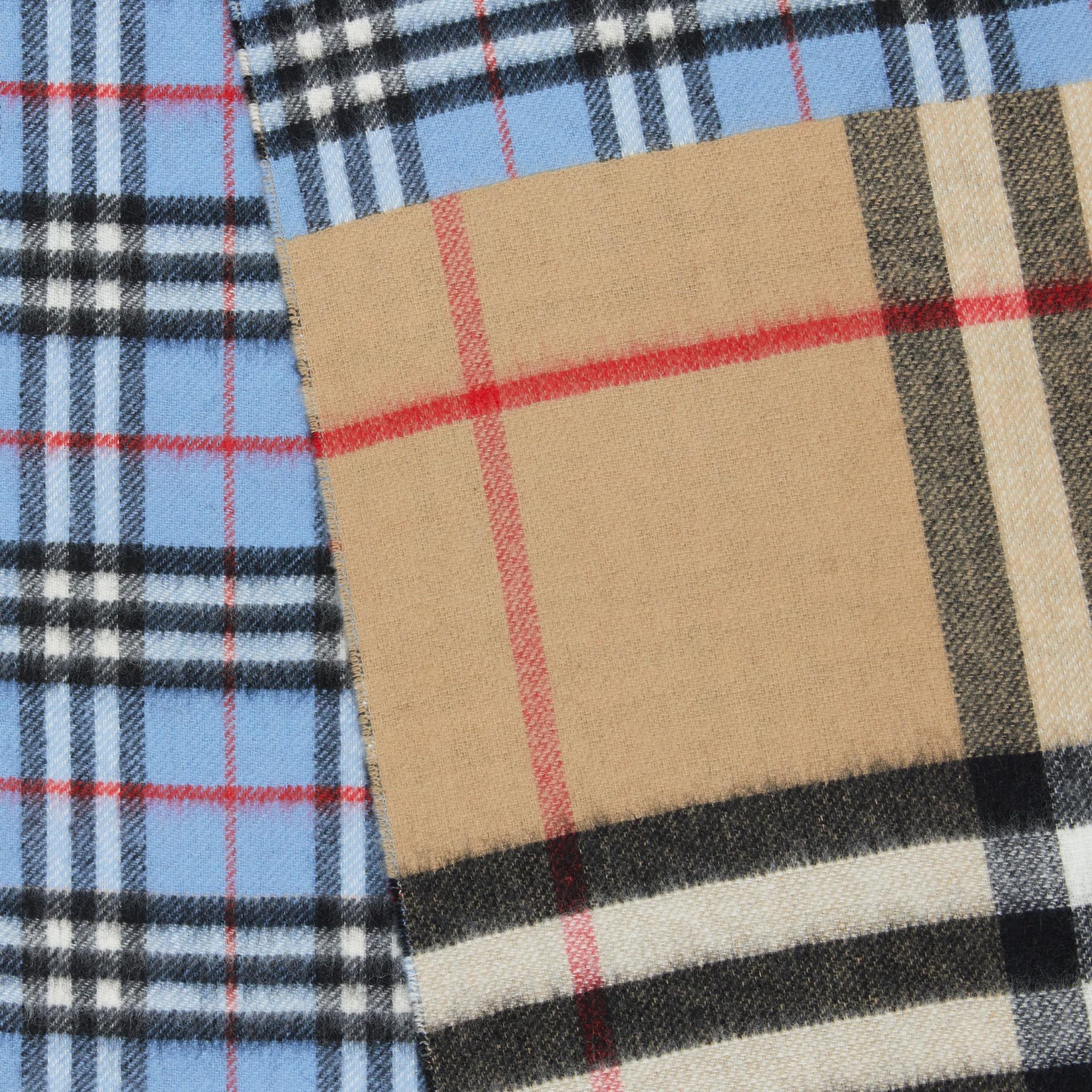 Écharpe en cachemire et laine mérinos check (Bleu Opale) | Burberry Canada - photo de la galerie 1