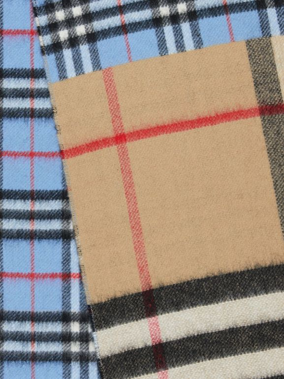 Contrast Check Cashmere Merino Wool Jacquard Scarf in Opal Blue | Burberry - cell image 1