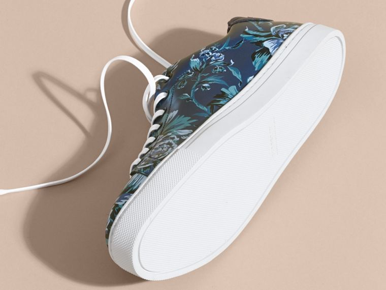 Ink Peony Rose Print Leather Trainers - cell image 4