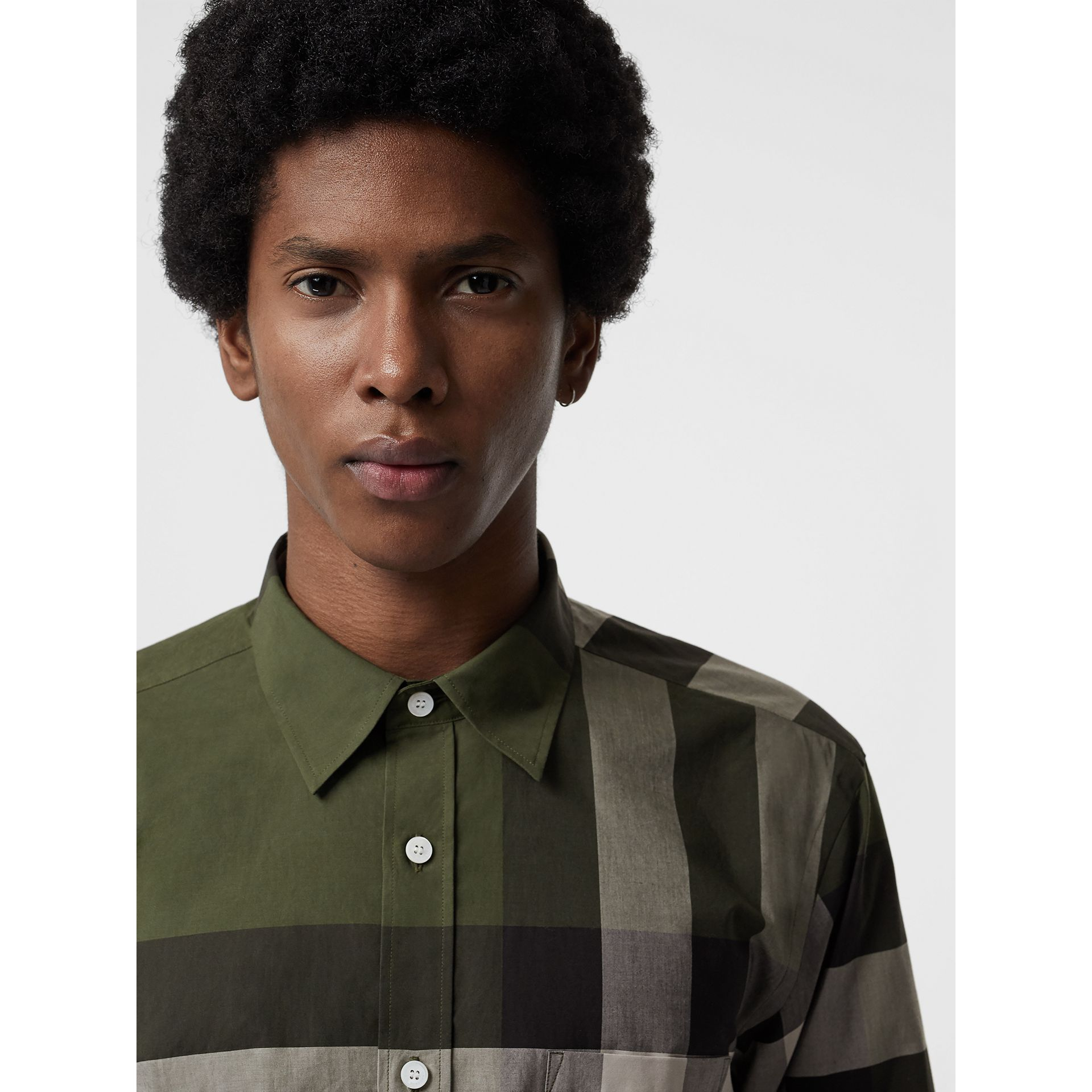Check Stretch Cotton Shirt in Antique Green - Men | Burberry Hong Kong - gallery image 1