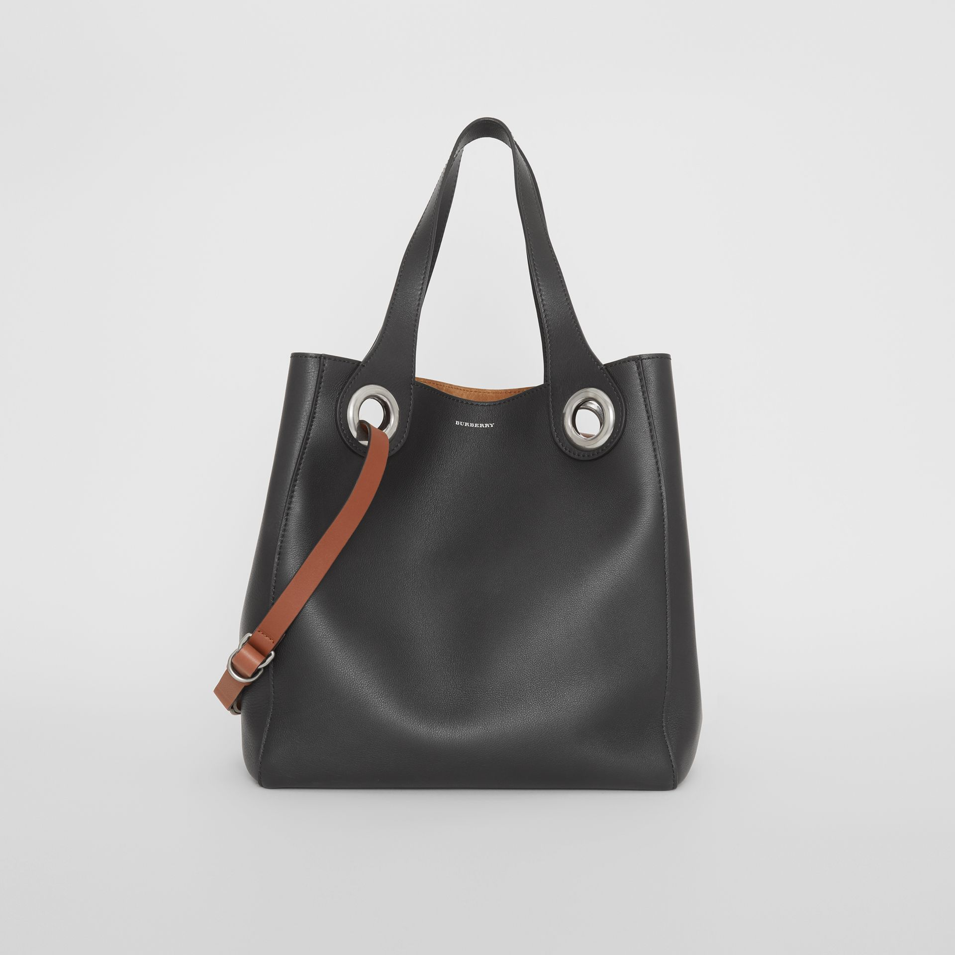 The Medium Leather Grommet Detail Tote in Black - Women | Burberry United Kingdom - gallery image 0
