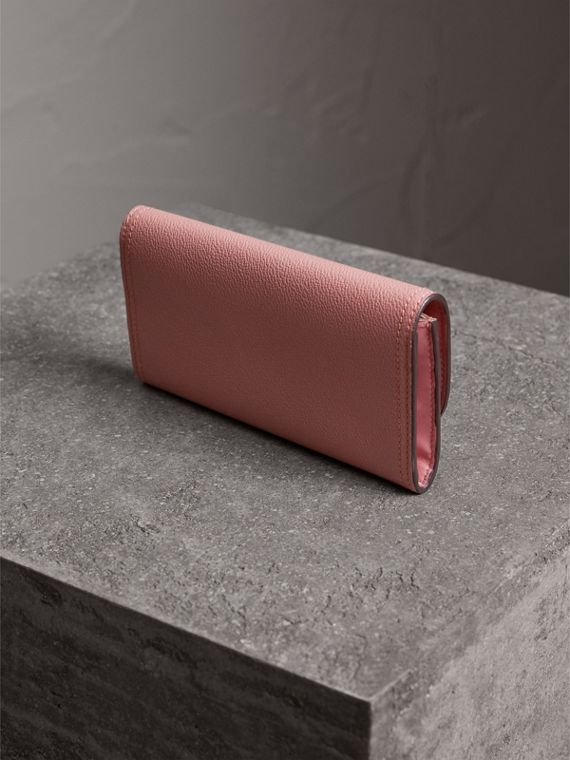 Grainy Leather Slim Continental Wallet in Dusty Pink - Women | Burberry - cell image 2