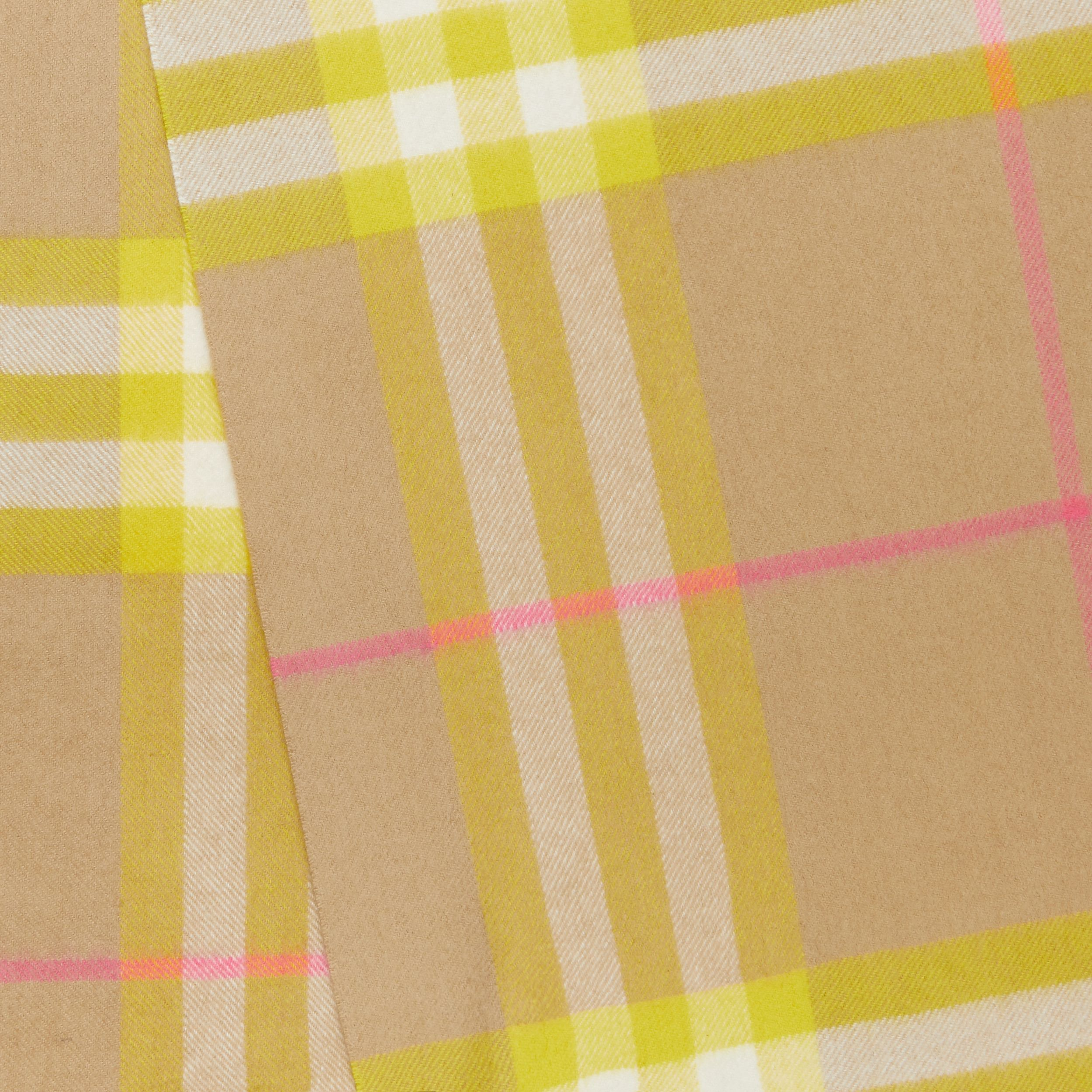 The Classic Check Cashmere Scarf in Archive Beige/yellow | Burberry - 2