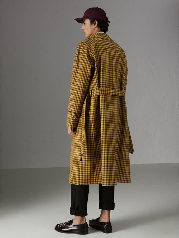 Shrunken Check Bonded Cotton Car Coat in Saffron Yellow - Men | Burberry United Kingdom - cell image 2