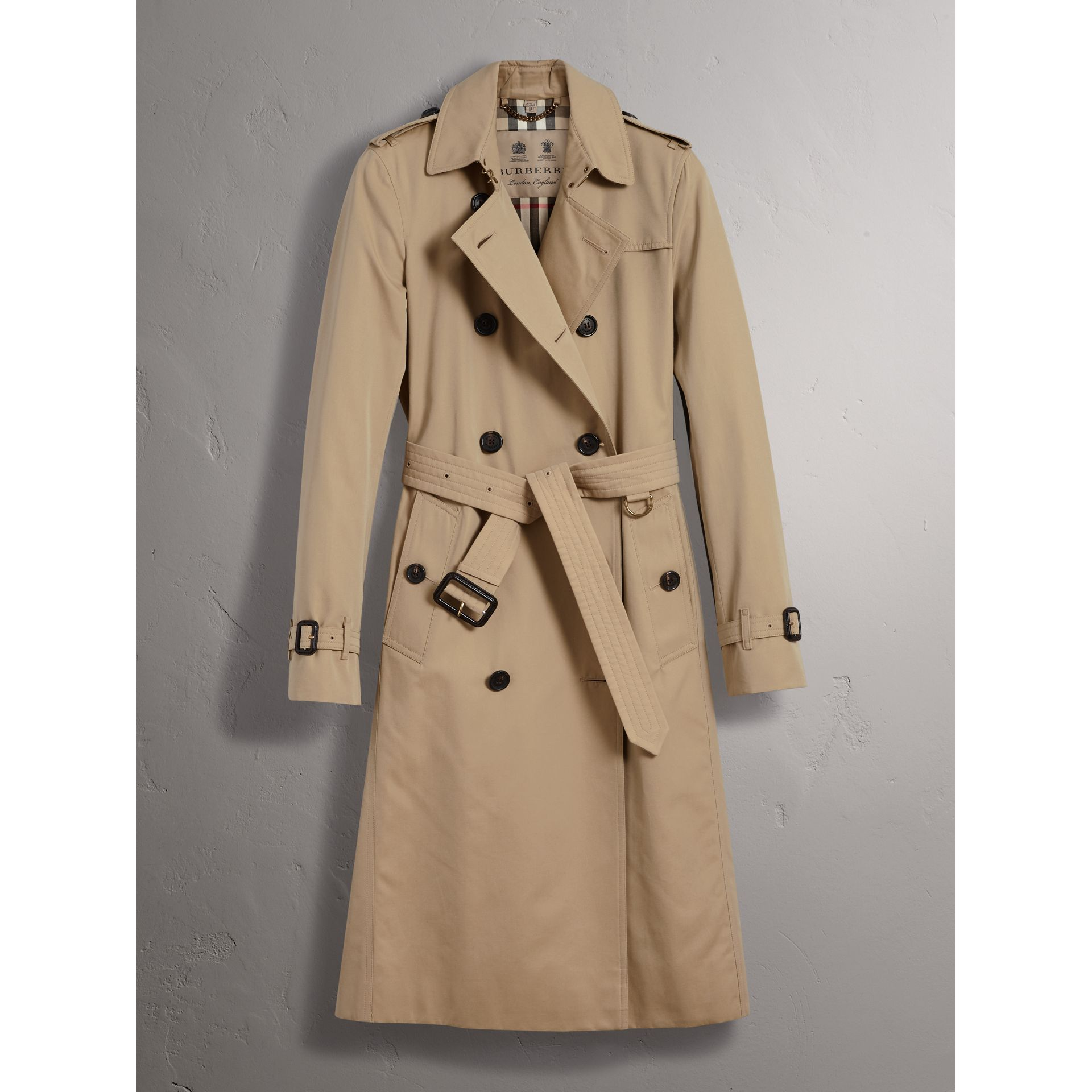 The Kensington – Extra-long Trench Coat in Honey - Women | Burberry Australia - gallery image 4